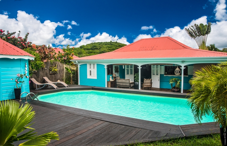 Les villas la vie facile for Villa piscine martinique